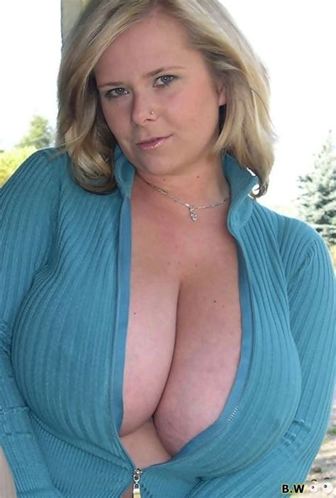 Chrissi 85g boobs 60 pics jpg 540x800